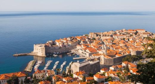 Casco_viejo_de_Dubrovnik,_Croacia,_2014-04-14,_Diego Delso, CC BY-SA 3.0.JPG