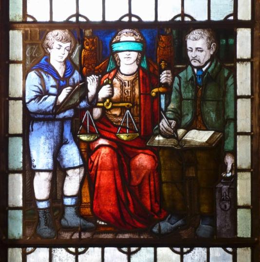 Buxtehude_Rathaus, Die Anwesenheit von Justitia bei der Steuereinnahme für die Stadtkasse, Oxfordian Kissuth, CC BY-SA 3.0, Glasmalerei.jpg